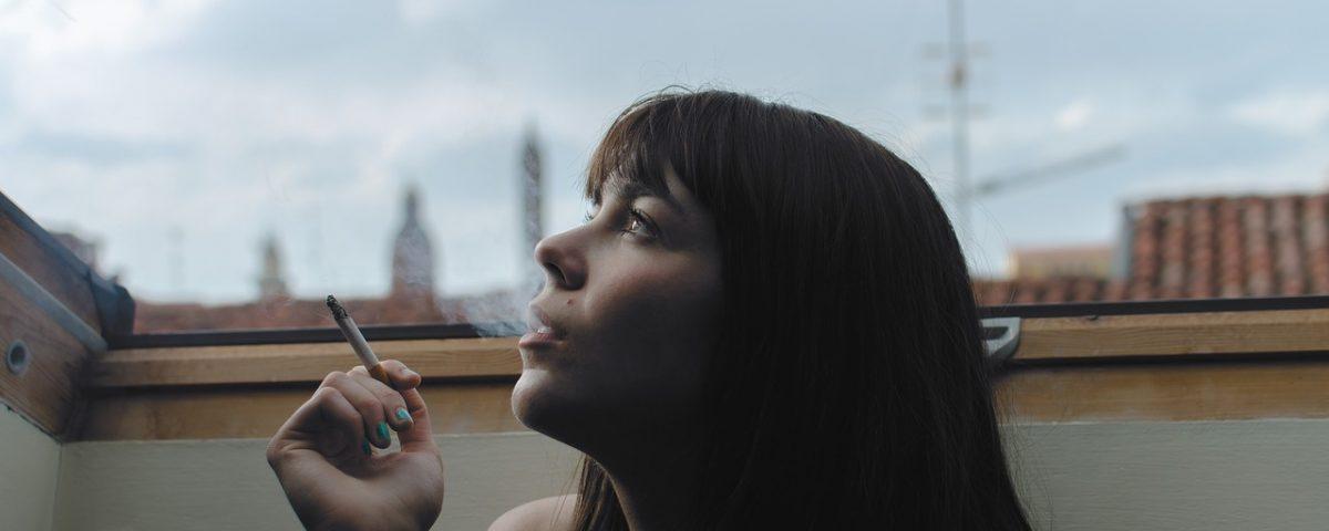 Fumar va en augment entre les dones embarassades amb depressió